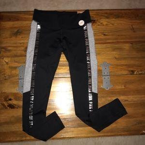 ad9701930e882 PINK Victoria's Secret Pants - 💚VS PINK Cozy Leggings Size Small Black  Gray NWT